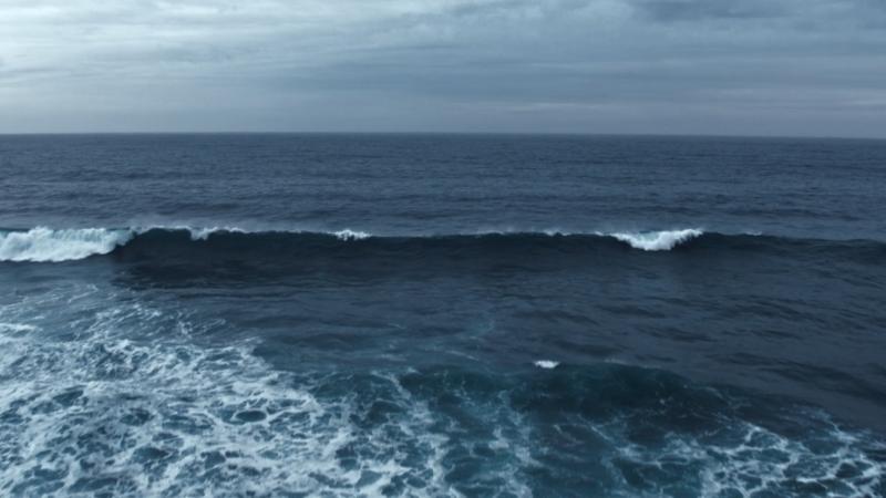La Mer Miracle Broth H264 00 01 21 16 Still005